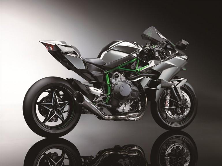Kawasaki Ninja H2 hyperbike